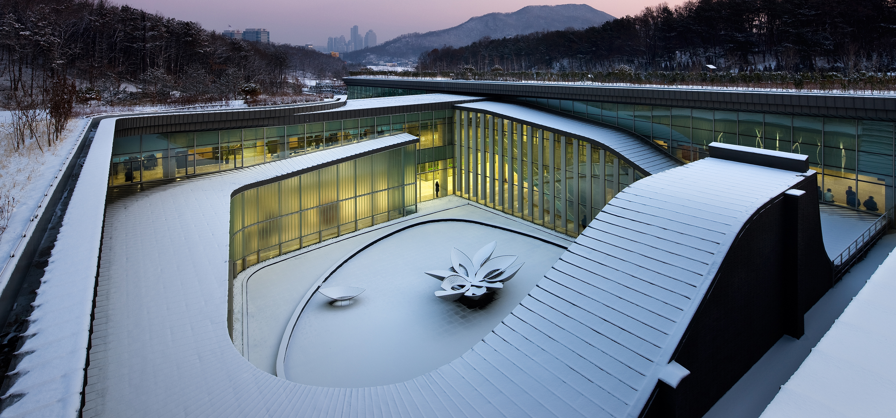 Seoul Memorial Park Crematorium covered in snow, Seoul, South Korea [OS] [3000×1400]